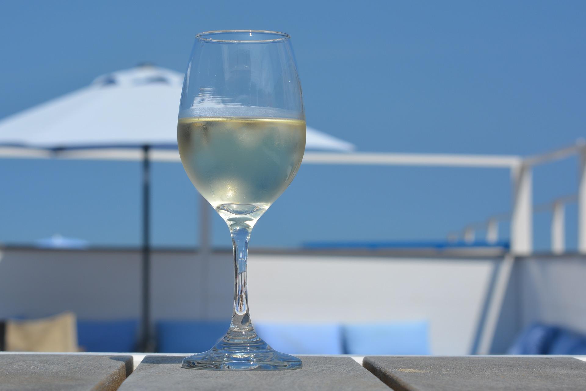 Vino Blanco. Enología